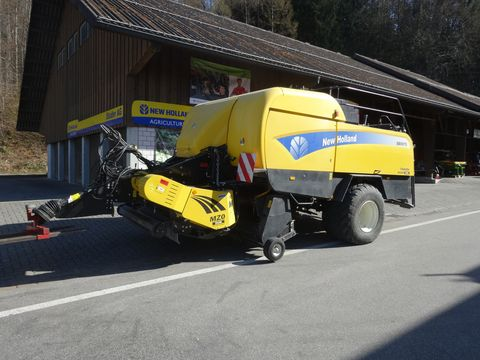 New Holland BB9070