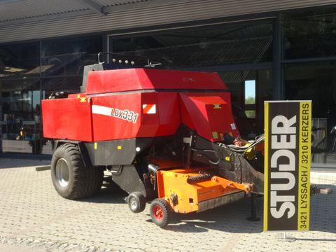 New Holland BB940/Case LBX331