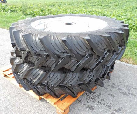Sonstige Ford Räder Traktoren 12.4 R32 Taurus