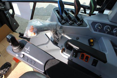 Valtra A 104 HiTech 4