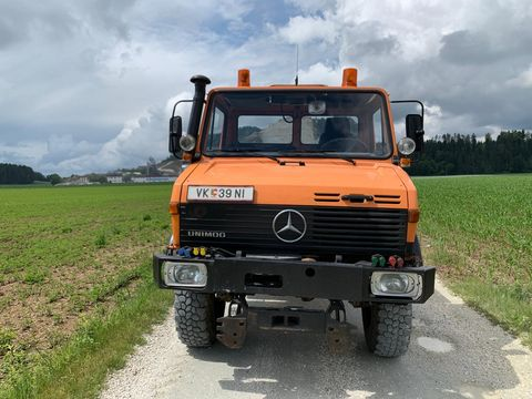 Mercedes Unimog 427
