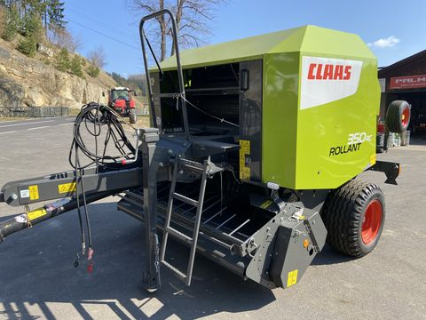 Claas Rollant 350RC
