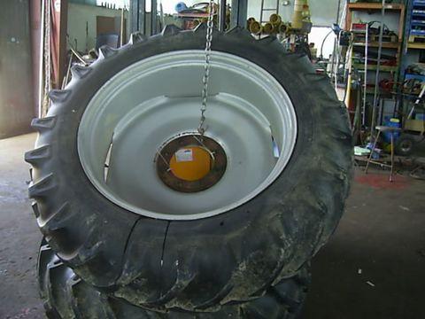 Vredestein Traktorräder