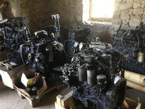 New Holland Motor Getriebe Vorderachsen