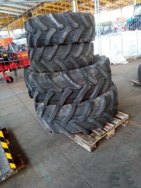 Pirelli 320/70R20