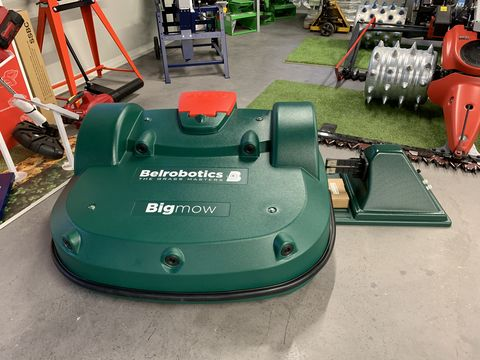 Belrobotics Bigmow, Parcmow, Ballpicker