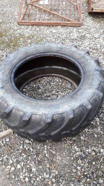 Pirelli 440/65R28