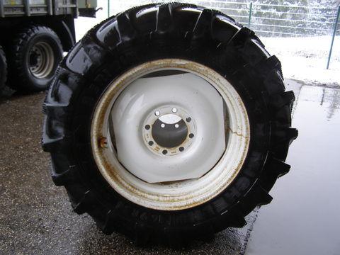 Michelin 16.9-R34 und 425/75-R20
