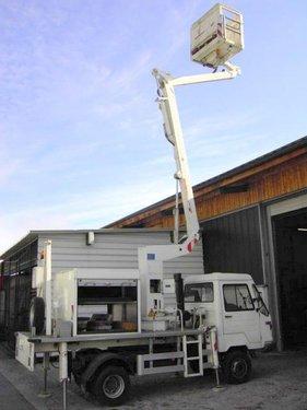 Multicar Hebebühne auf Klein-LKW (5362)