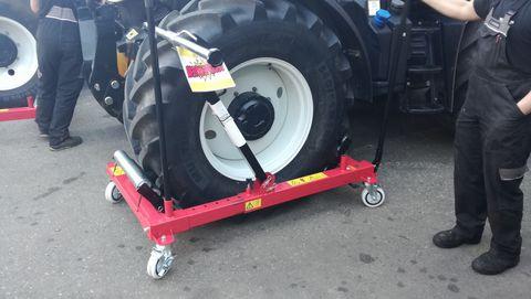 Sonstige Reifenmontagewagen