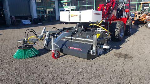 Dominator PROFI 150-230cm hydr. Wanne & Wassersprühvorr.