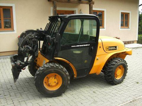 JCB 520-40 mit Euro Aufnahme + StVo und Typisierung