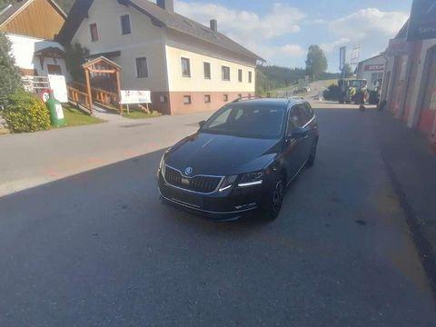 Skoda Skoda Octavia Combi Kombi / Family Van