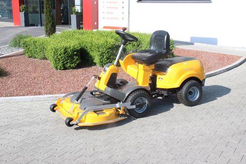 Stiga Park 420 P mit SBC 653 KF Freischneider
