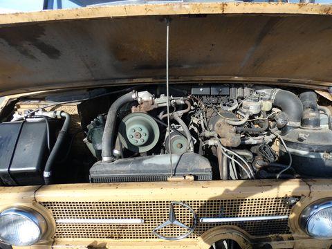 Sonstige Mercedes Unimog 406