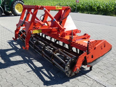 Kuhn HRB 302 mit hydr. Anbauteiilen