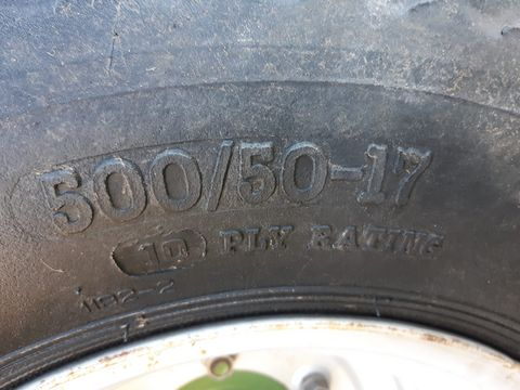 3348-c6a697b0df4c4da979666d2e027821af-2522289