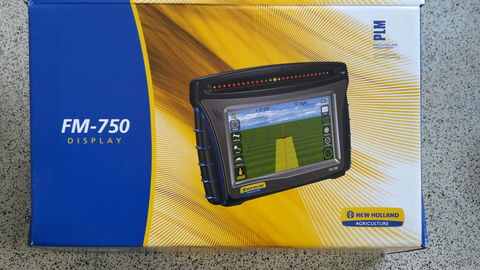 New Holland PLM FM-750 Komplettset
