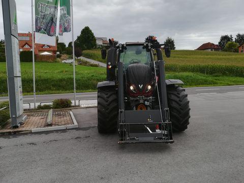 Valtra T 144 HiTech