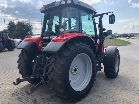 Massey Ferguson MF 5711 SL Dyna-4 Efficient