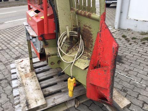 Holzknecht HS 307