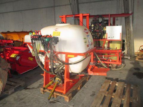 Kuhn 800 lt / 12 m hydraulischer Balken