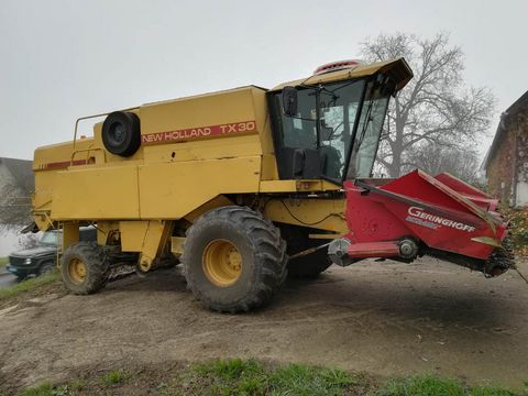 New Holland TX30
