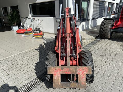 Weidemann 1245 P33
