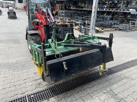 Düvelsdorf Kehrmaschine Stratos DKBT 170