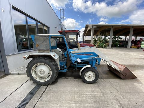 Ford 3000-2