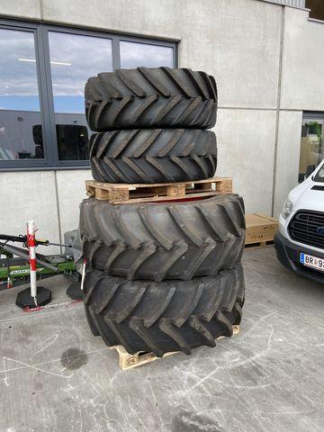 Michelin 440/65 + 600/65R30