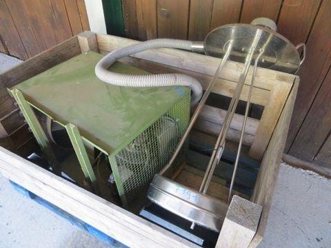 Sonstige  Kühler W100R