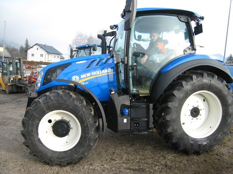 New Holland T5.130 AC (Stage V)