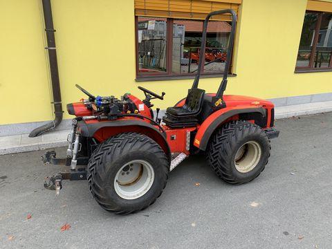 Antonio Carraro SRX 8400