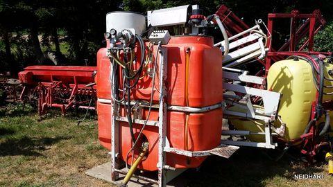 Jessernigg 800 Liter 12 meter Hydr.