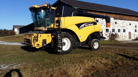 New Holland CR980