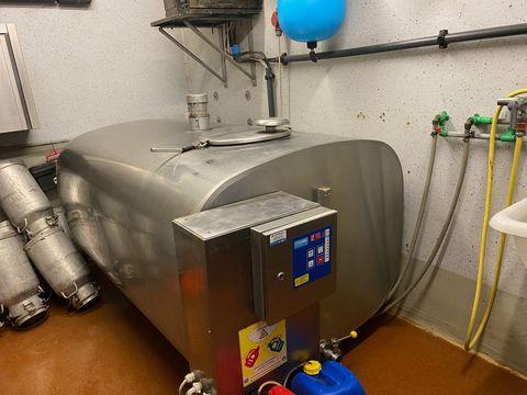 Etscheid Kühltank KT1650 m. Lavatronic AWE