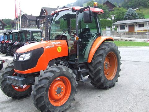 Kubota M 9540