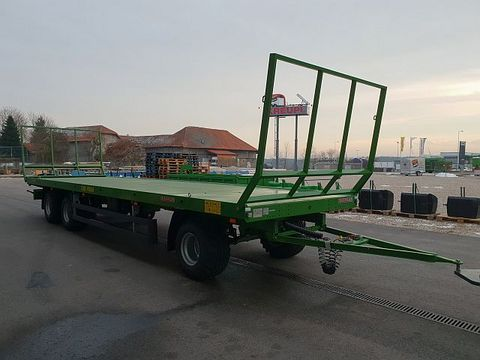 Pronar 3-Achs Ballentransportwagen T026M