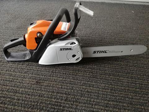 Stihl Motorsäge MS 211 / 35 cm