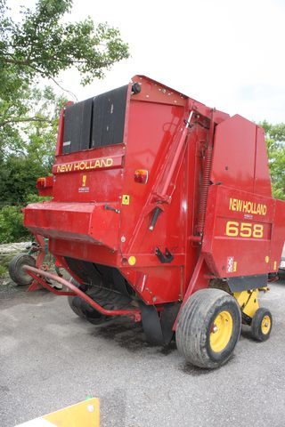New Holland 658 CropCutter