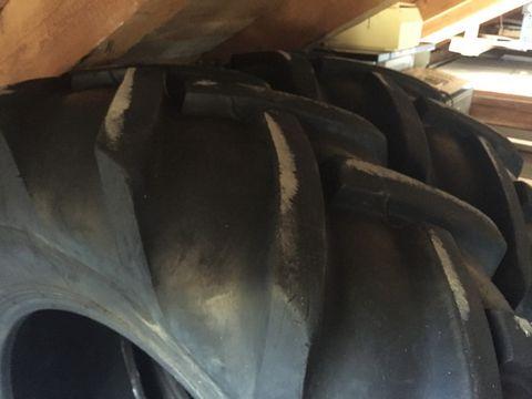 Sonstige Reifen 16,9x28