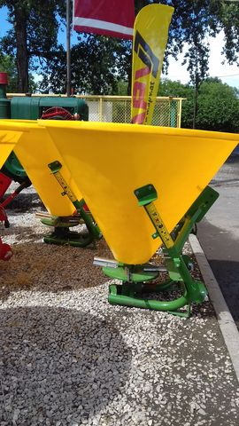 Egyéb Zagroda Fertilizer 500 kg műtrágyaszóró