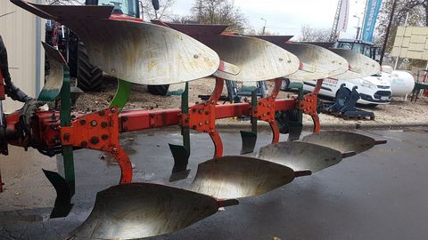 Vogel&Noot XMS 1050 típusú 4 vasú Vario váltvaforgató eke