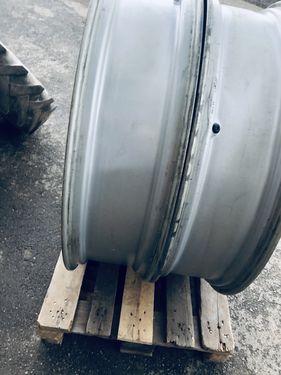 Sonstige Felgen MF für Bereifung 320/90R42