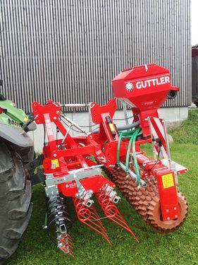 Güttler Greenmaster 300 mit Prismenwalze Matador