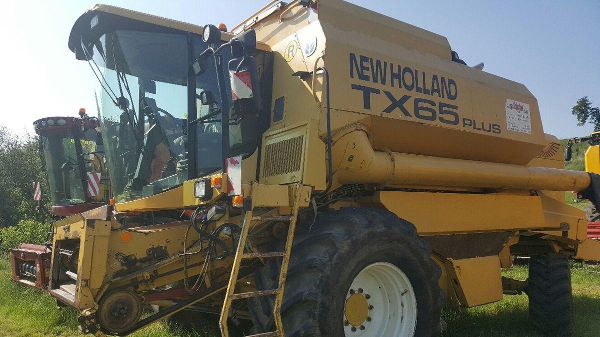 New Holland TX65 Plus
