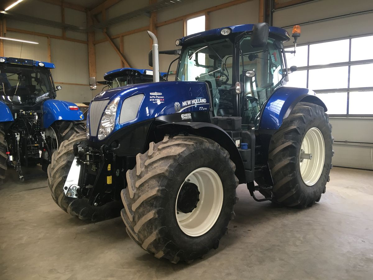 New Holland T7.270 AC AdBlue BluePower Ed.