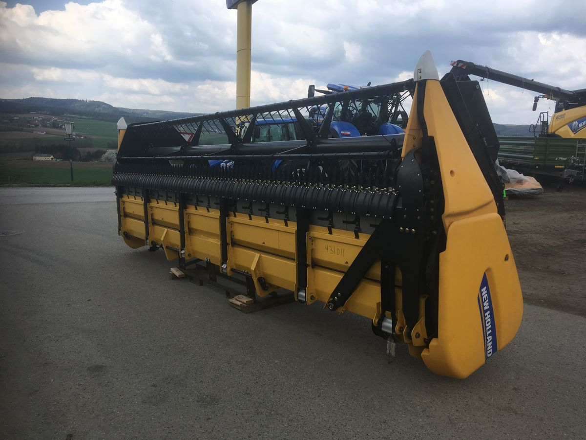 New Holland Super Flex Soja Schneidwerk
