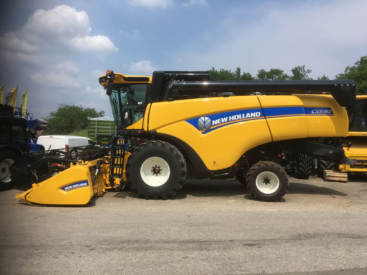 New Holland CX5.80